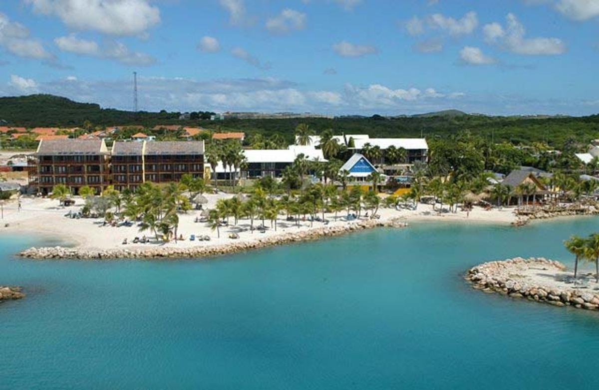 Horecawerk cura ao hotels lions dive beach resort - Sanom beach dive resort ...